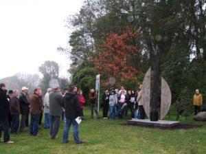 Übergabe der Skulptur in Schönebeck